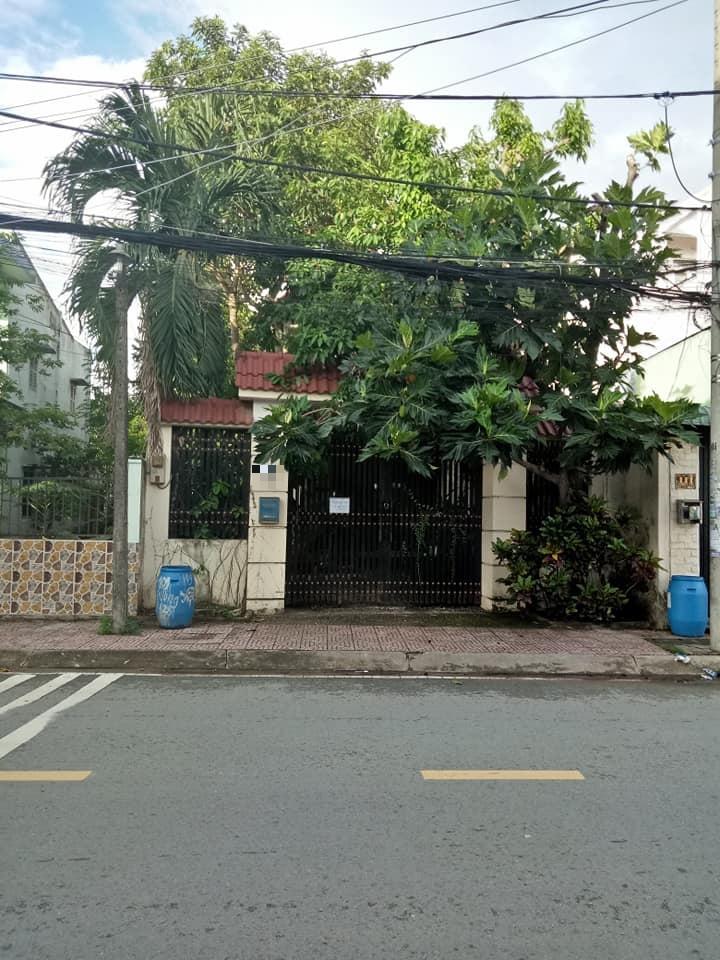 Nhà mặt tiền 138 Tân Phú. 200m2 nhà 1 trệt 1 lầu giá 11 tỷ