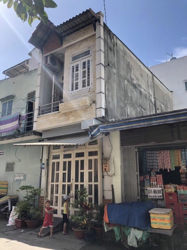 Bán nhà mặt tiền 167 Phước Long A. Giá chỉ 3.1 tỷ nhà 1 trệt 1 lầu vị trí kinh doanh tốt.