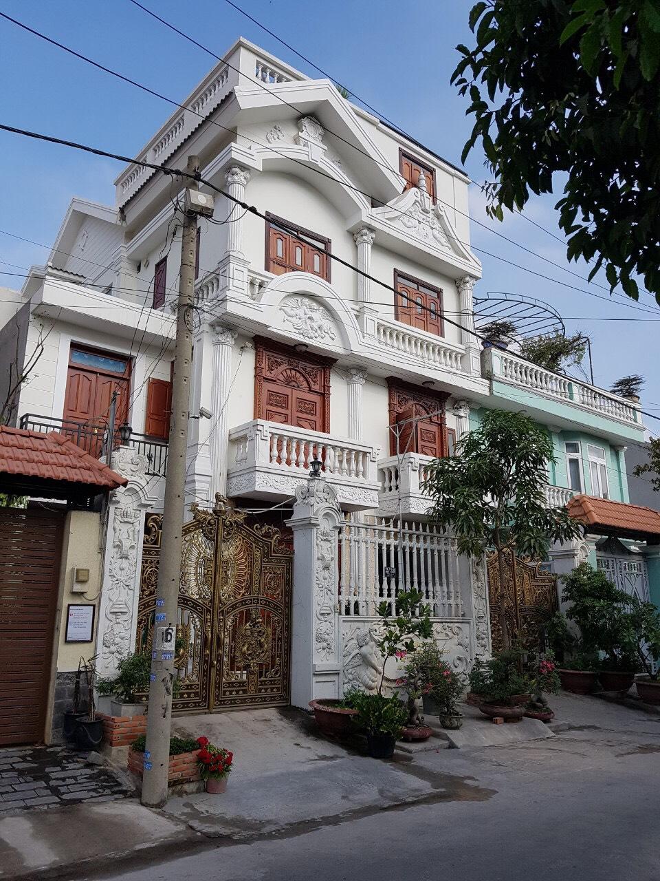 Biệt thự Nam Hòa, Phước Long A, Quận 9 rộng 200m2 Kết cấu 5 tầng. Nội thất cao cấp giá 18 tỷ