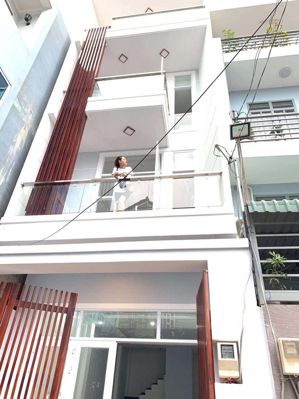 Nhà mới xây 3,5 tấm hẻm ô tô 5m vào tận nhà. Đường 160 Tăng Nhơn Phú, Quận 9